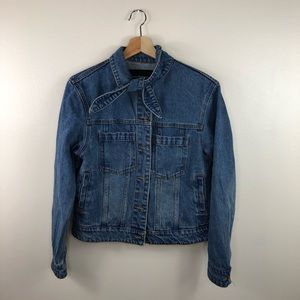 Who What Wear denim jacket size small neck tie